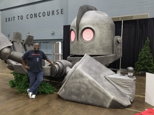 Another side of the Iron Giant model.
